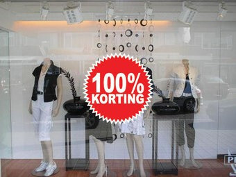 """Runde """"100% korting"""" Sticker auf Niederländisch"""